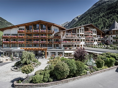 *****DAS CENTRAL - ALPINE . LUXURY . LIFE